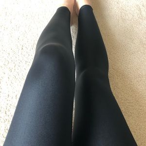 Onzie High waisted shiny leggings